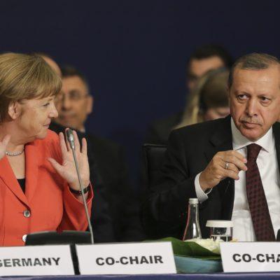 Almanların yüzde 80'i Türkiye'ye yönelik ekonomik yaptırım uygulanmasını destekliyor