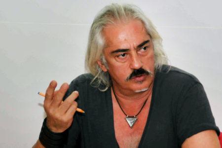 'Sahte darbe' diyen yönetmen Mustafa Altıoklar hakkında gözaltı kararı