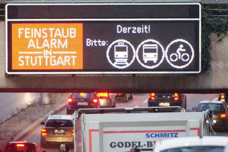 Stuttgart'ta, yılbaşından itibaren dizel araçların trafiğe çıkması yasaklandı
