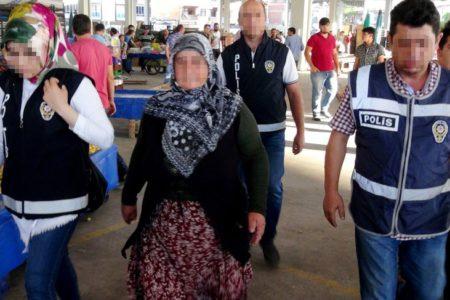 Semt pazarında sebze satan kadına 'ByLock' gözaltısı