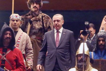 """Aydın Engin: Tayyip Erdoğan liderliğinde yeni bir """"Türk"""" devleti mi kuruluyor?"""