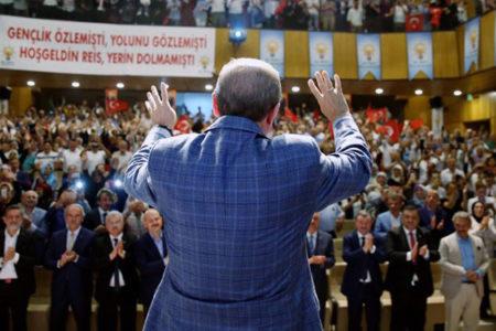 Fehmi Koru: Zamlar kimseyi yanıltmasın, AKP üç seçimden de yine zaferle çıkabilir