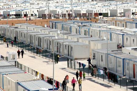 Harran Kampı'nda yardımlar rüşvetle dağıtılıyor, kadınlar satılıyor