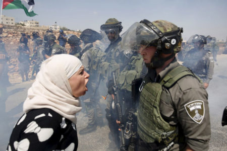 İsrail, 1967 yılından bu yana yaklaşık 15 bin Filistinliyi Kudüs'ten zorla çıkarttı