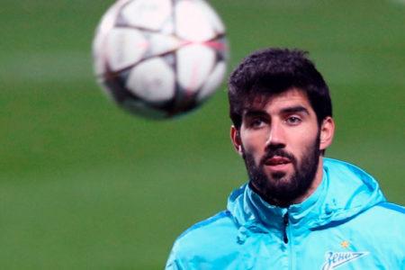 Fenerbahçe Luis Neto'yu İstanbul'a getirdi