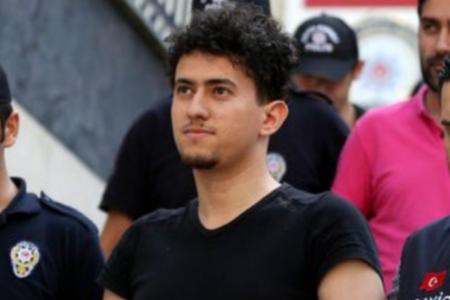 Tutuklu gazeteci Cihan Acar'ın saçları gardiyanlar tarafından zorla kesildi
