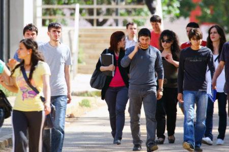 708 doktora, 12 bin yüksek lisans ve 329 bin lisans mezunu iş arıyor