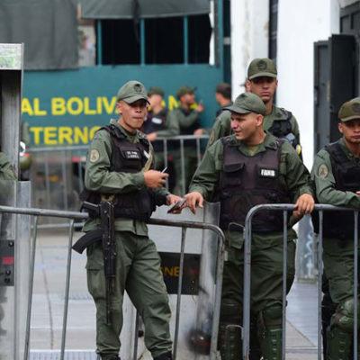 Venezuela'da askeri isyan bastırıldı