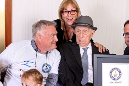 Auschwitz'ten kurtulan dünyanın en yaşlı adamı 113 yaşında öldü