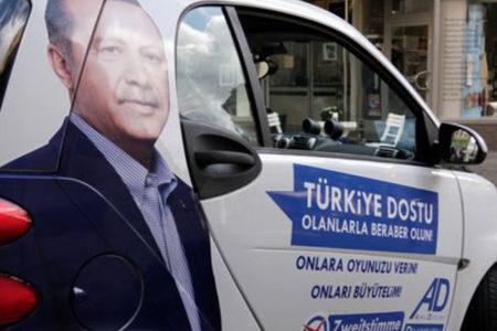 Almanya genel seçiminde Erdoğan'lı seçim kampanyası