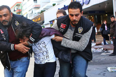 Economist: '2015 itibariyle işkence Türkiye'ye geri döndü'