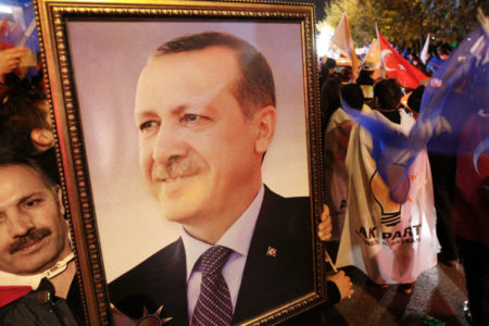 Cumhurbaşkanı Erdoğan AKP'de değişim düğmesine neden bastı?