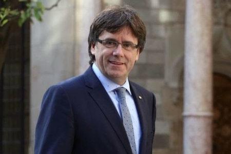 Katalonya'nın eski Başkanı Carles Puigdemont Belçika'ya kaçtı