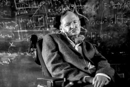 Hawking'in 24 yaşında yazdığı doktora tezi iki milyondan fazla okundu