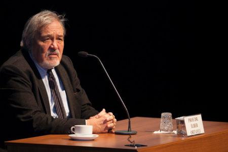 Prof. İlber Ortaylı: Eğer Cumhuriyet'i muhafaza edemezsek sonu iç savaşla biter!