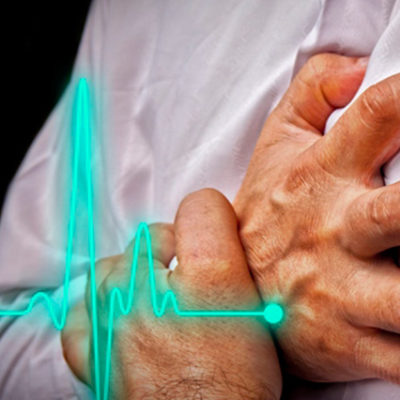 """""""Kalp krizinden ölen erkeklerin yüzde 85'i, eşlerini aldattığı sırada krize yakalandı"""""""