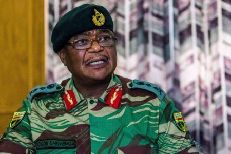 Zimbabve'de ordu yönetime müdahale etti