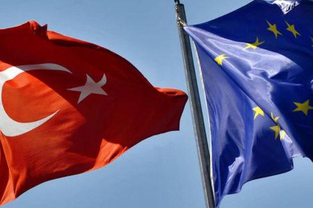 AB'den Türkiye'ye ilk kez 'siyasi' gerekçe ile fon kesintisi