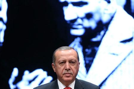 Zaytung, 'Atatürkçü AKP'yi tiye aldı