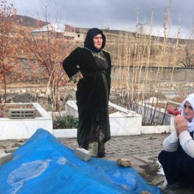 Belediye, 'Hepiniz Ermenisiniz' dedi, cenaze aracı vermedi, özel hareket camiye sokmadı