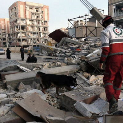 Irak depreminde ölü sayısı 400'ü aştı