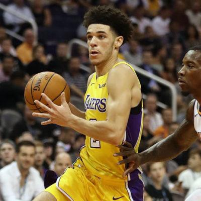 NBA tarihinin 'triple-double' yapan en genç ismi oldu