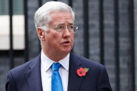 İngiltere Savunma Bakanı istifa etti: 'Geçmişteki bazı davranışlarım bulunduğum makama uygun değil'