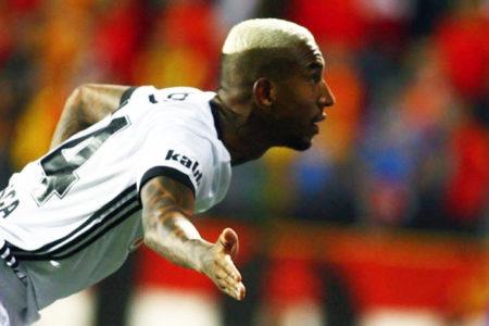 Beşiktaş, Göztepe deplasmanından 3 puanla dönd