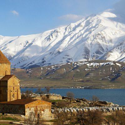 Economist, İranlı turistlerin Van'a gösterdiği ilgiyi yazdı