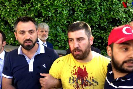 Washington Büyükelçiliği önünde Kürt göstericilere saldıran iki Türk suçunu kabul etti