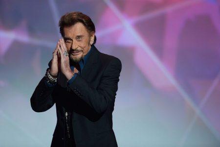 Fransa 'Elvis'ine ağlıyor