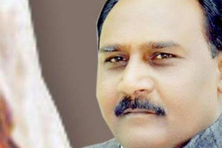 Hindistan'ın Madhya Pradesh eyaletinde Mutluluk Bakanı cinayetten aranıyor