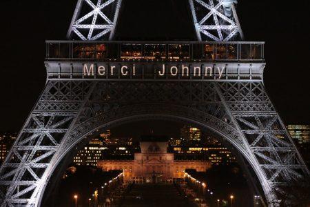 Eyfel Kulesi Johnny Hallyday'in ölümünün ardından ışıklandırıldı: Teşekkürler