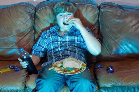 Televizyon ve bilgisayar obezite sebebi