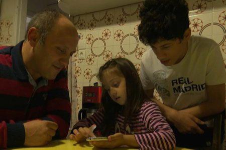 Yunanistan'a iltica eden Türkiyeli ailenin hikayesi