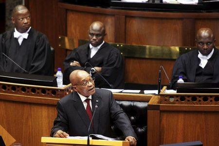G.Afrika: Yolsuzlukla suçlanan devlet başkanının görevden alınması isteniyor