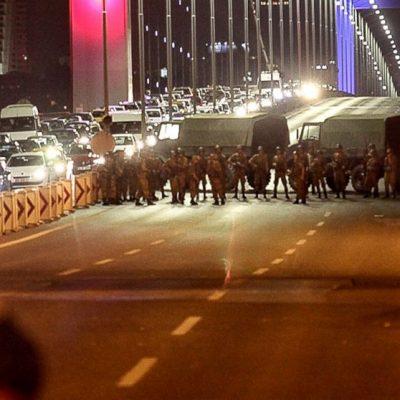 Ahmet Nesin: 15 Temmuz'da Binali Yıldırım'ın arabasında öldürülen asker kim?