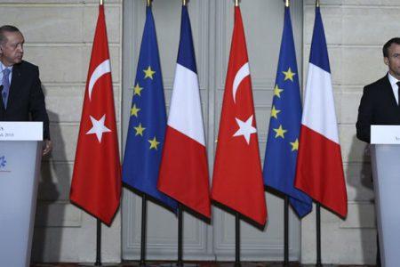 Erdoğan, MİT tırlarını soran Fransız gazeteciye çattı: FETÖ ağzıyla konuşuyorsun