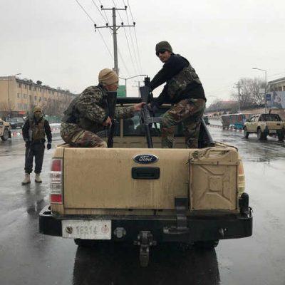 Kabil'de askeri okula yapılan silahlı saldırıda beş asker öldü