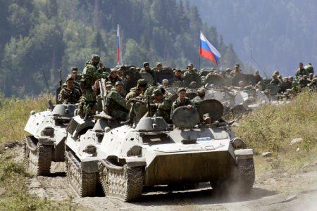 Rusya duyurdu: 13 silahlı İHA ile saldırdılar