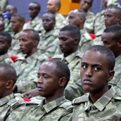 """""""Türkiye, Somali Ordusunu Silahlandırıyor"""""""