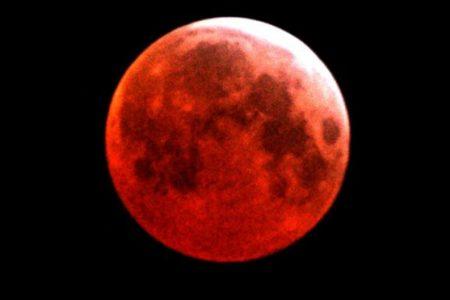 Süper Mavi Kanlı Ay Tutulması yarın