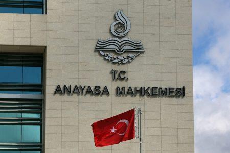 Anayasa Mahkemesi, BTK'ya 'müstehcenlik' gerekçesiyle erişim engeli hakkı getiren maddeyi iptal etti