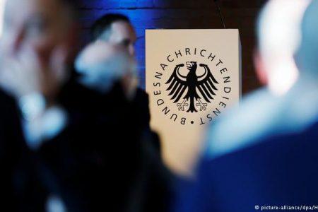 Almanya'da basın özgürlüğüne darbe vuracak yasa, gazeteciler tarafından Anayasa mahkemesine taşındı